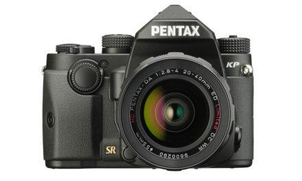 Pentax KP, con sensor APS-C de 24 Mp y 819200 ISO