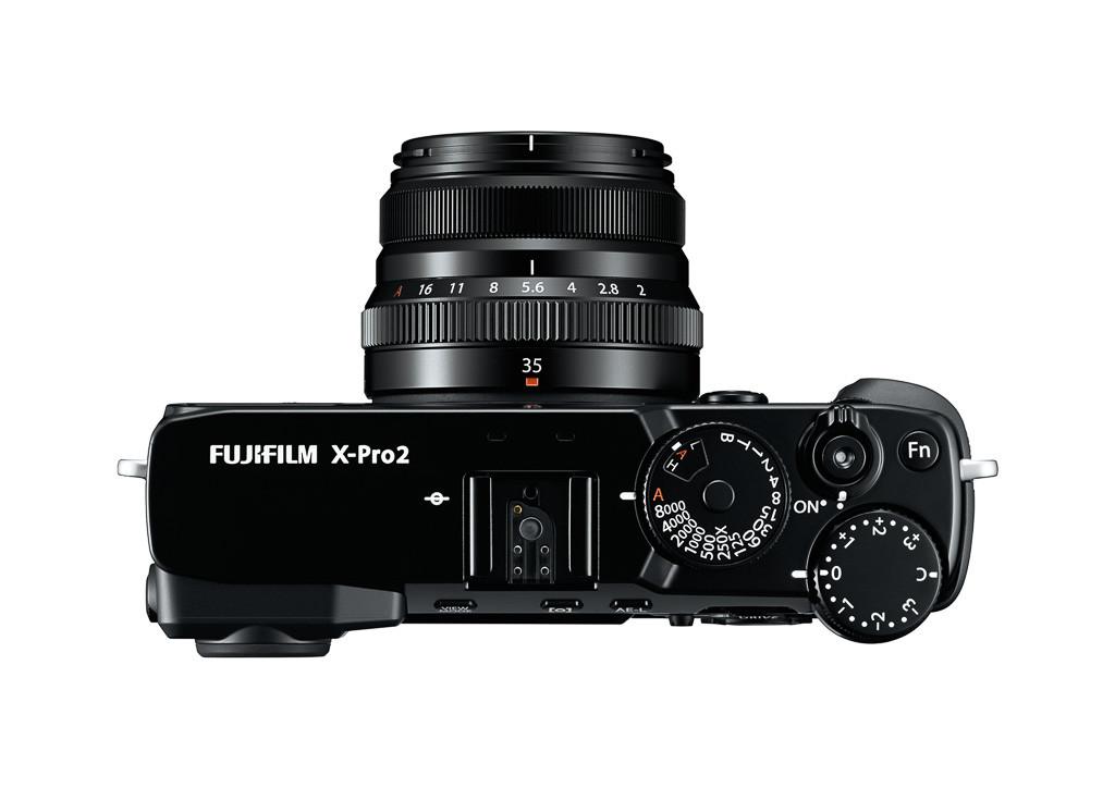 08_X-Pro2_BK_Top_35mm_White