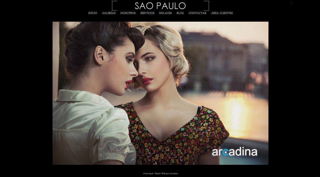 Ejemplo de página web creada con Arcadina
