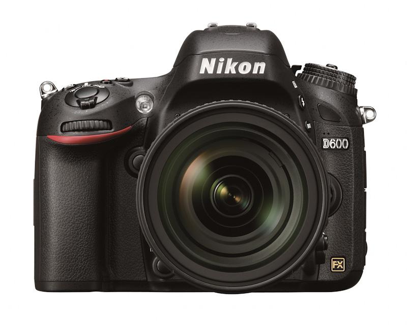Nikon D600, ya es oficial