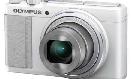 Olympus XZ-10, una compacta ligera y luminosa