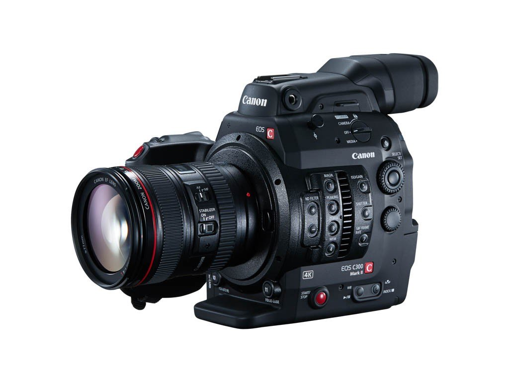 EOS C300 Mark II FSL 24-105 f4L Grip