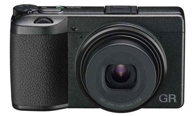 "Ricoh GR IIIx, nueva cámara con objetivo equivalente a 40mm, ideal para ""street photography"""