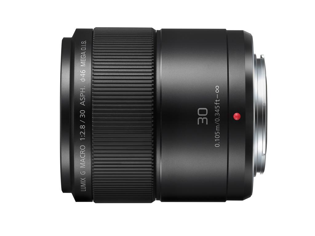 Panasonic presenta un 30mm f/2,8 Macro y un 42,5mm f/1,7
