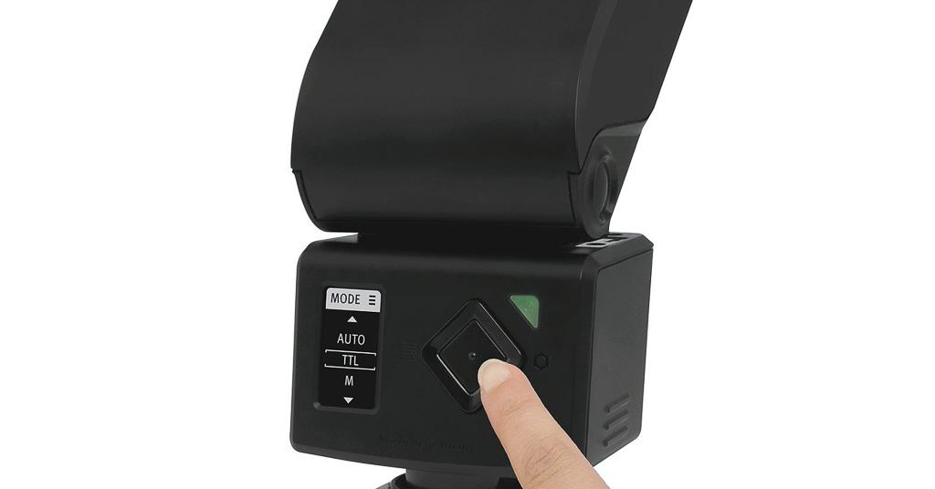El nuevo Metz mecablitz M400 convence con una pantalla OLED innovadora y un menú intuitivo en el que todos los elementos importantes se encuentran representados de manera sencilla.