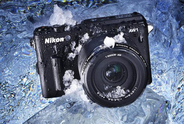 Nikon 1 AW1, una cámara de objetivos intercambiables sumergible
