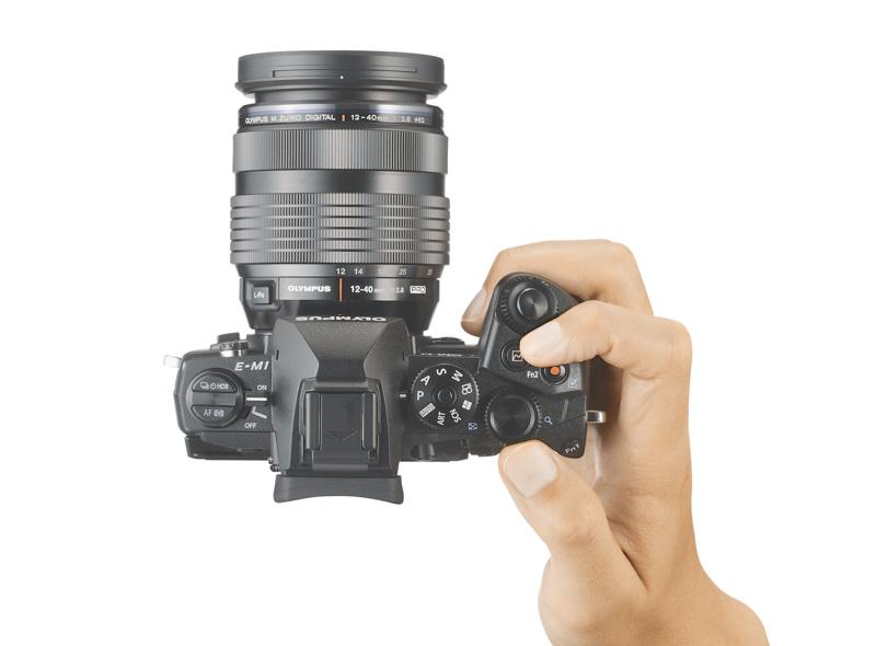 Olympus presenta la OM-D E-M1 y un 12-40mm f/2.8