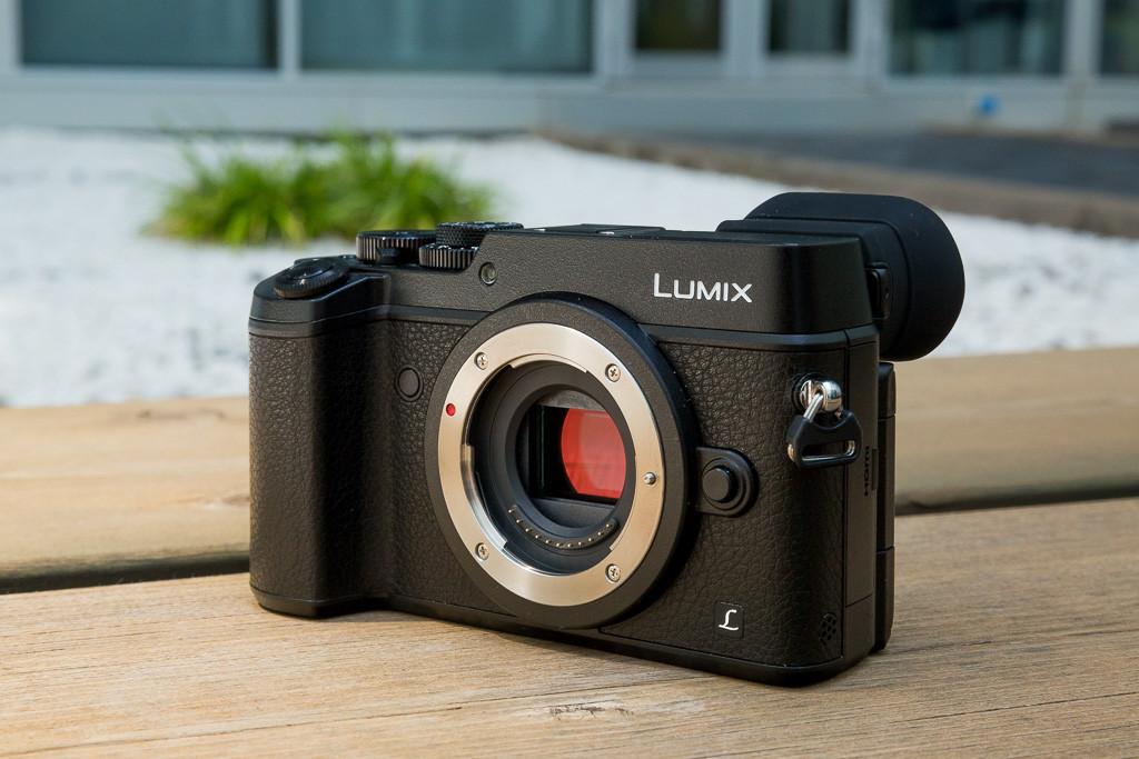 Panasonic-Lumix-GX8-01