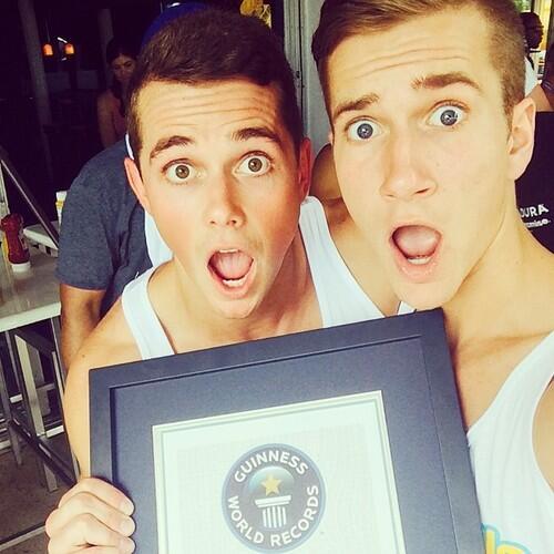 Los selfies entran en el libro Guinness de los récords
