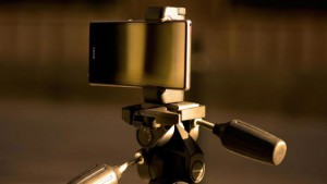 Shoulderpod_xperia_tripod_mount_2560