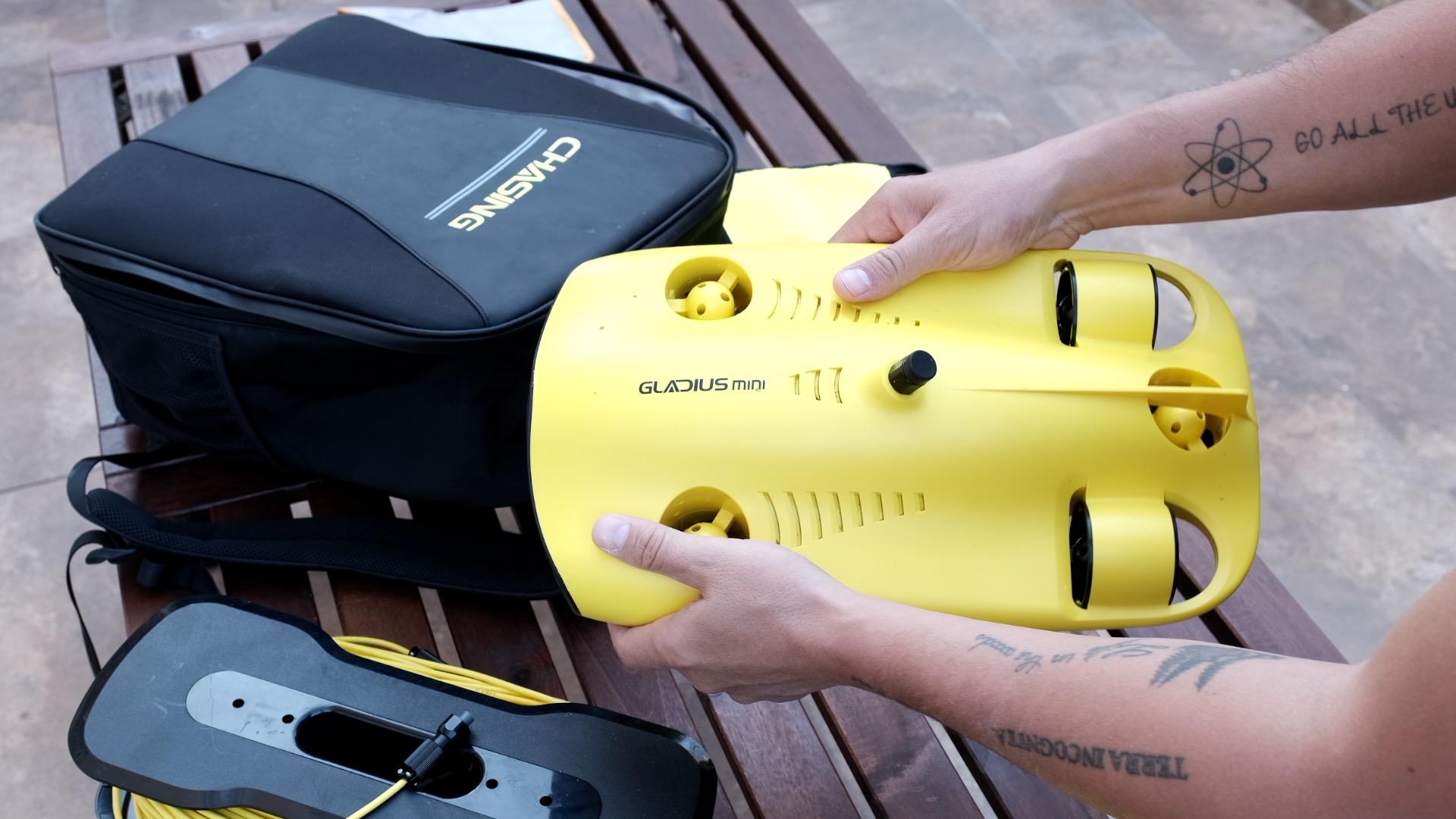 Probamos el drone submarino Gladius Mini