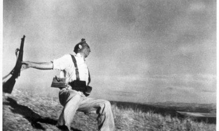 """144.000€, el precio por una copia de """"Muerte de un miliciano"""", de Robert Capa"""