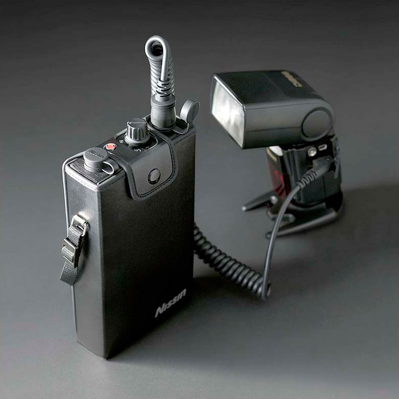 Nissin Power Pack P300 para Canon y Nikon