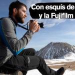 Con esquís de travesía y la Fujifilm X-S10